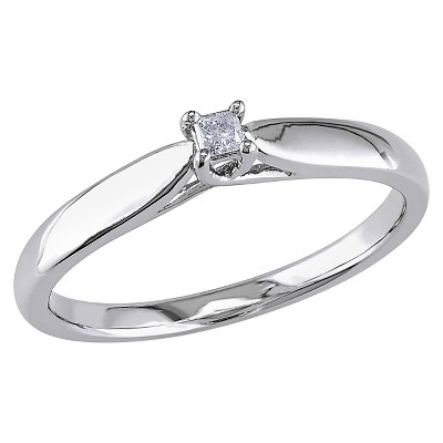 0.05 CT. T.W. Princess Cut Diamond Solitaire Ring in Sterling Silver (GH) (I3)