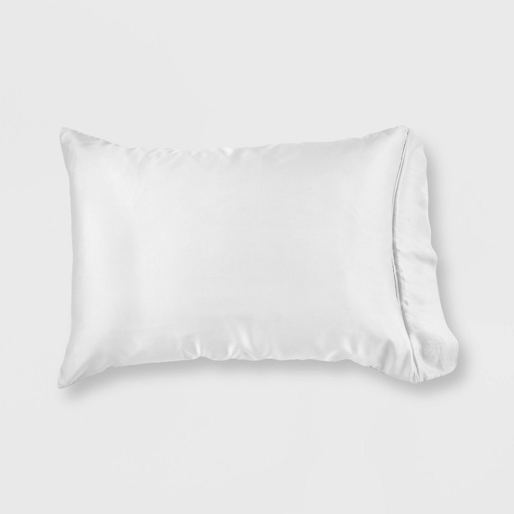 Image of Standard/Queen 300 Thread Count 2-in-1 Pillowcase & Protector with Zipper Closure Bright White - GLOW