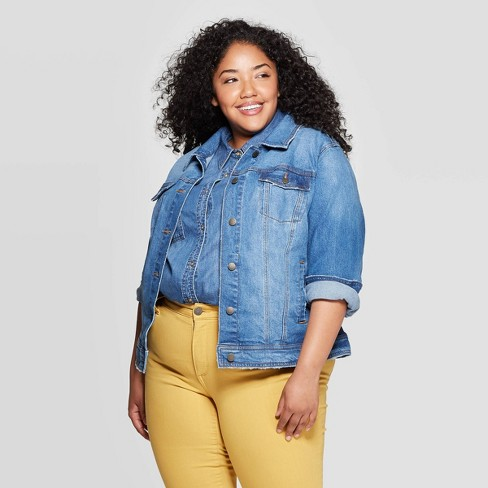 Women\'s Plus Size Freeborn Jean Jacket - Universal Thread™ Medium Wash
