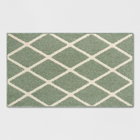 Green Diamond Tufted And Hooked Washable Accent Rug 1 8 Quot X2