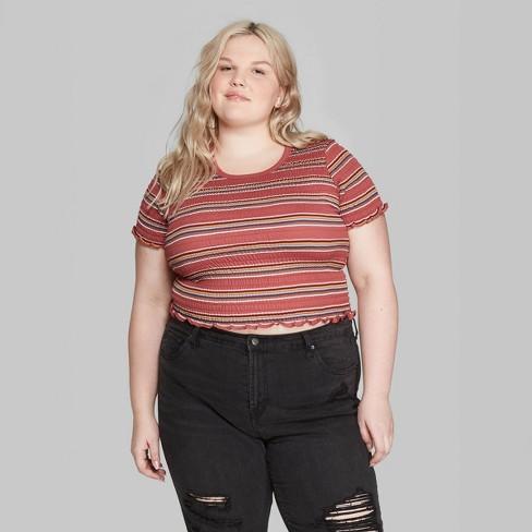 4740ef67 #bopo #bodypositive #bodypositivity #plussize #goldenconfidence  #celebratemysize #curvygirl #plussizefashion #whatfatgirlsactuallywear # croptop ...