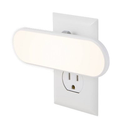 General Electric 100 Lumens UltraBright LightSensing LED Light Bar