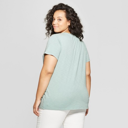 0b021fd9fdae9b Women's Plus Size Monterey Pocket V-Neck Short Sleeve T-Shirt - Universal  Thread™ Green 2X : Target