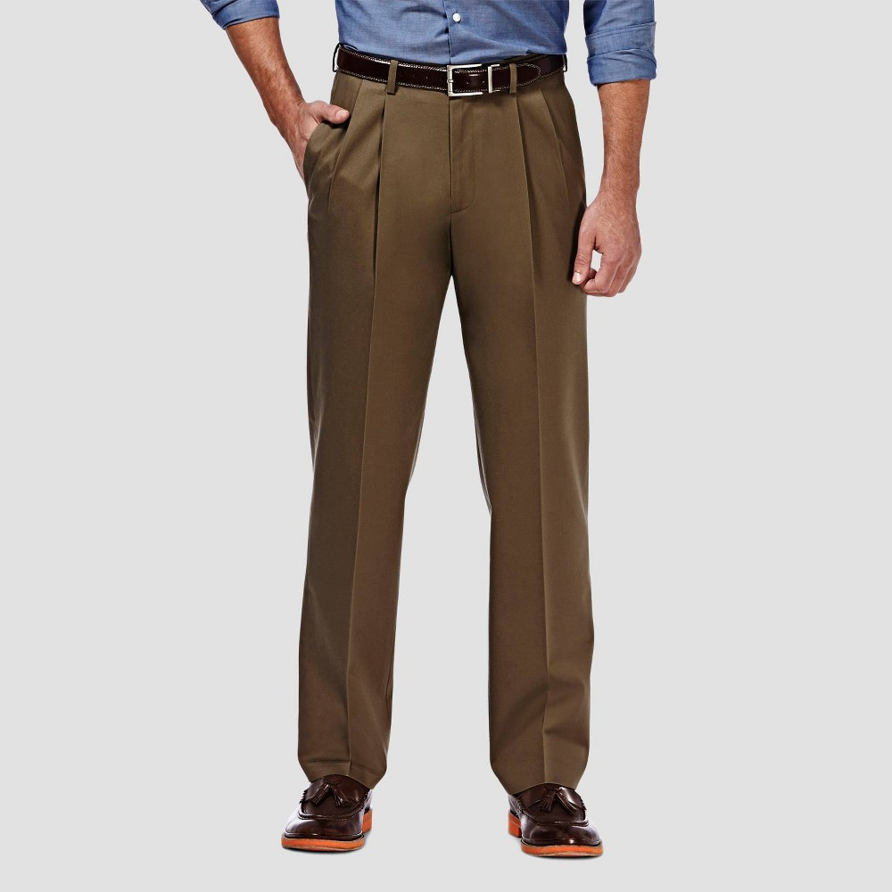 Haggar Men 39 S Premium No Iron Classic Fit Pleated Casual Pants Toast 40x31
