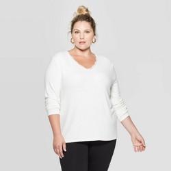 Women's Plus Size Long Sleeve V-Neck Lace Trim Top - Ava & Viv™