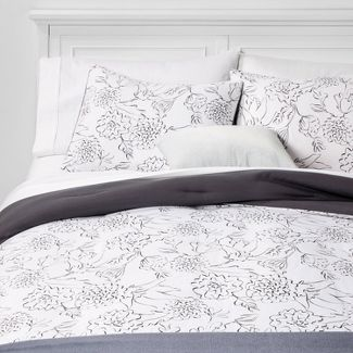 Twin/Twin Extra Long Floral Bed in a Bag White - Room Essentials™