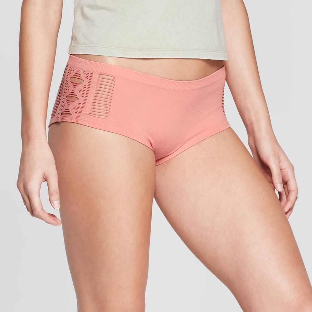 Women's Seamless Hipster - Colsie Coral Gala XS