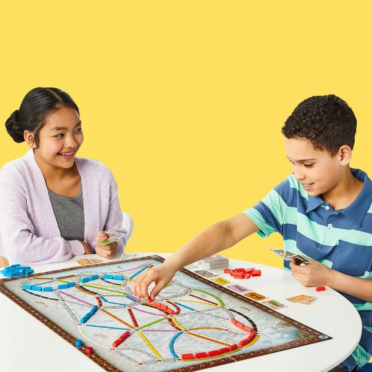 Ticket To Ride Board Game image number null