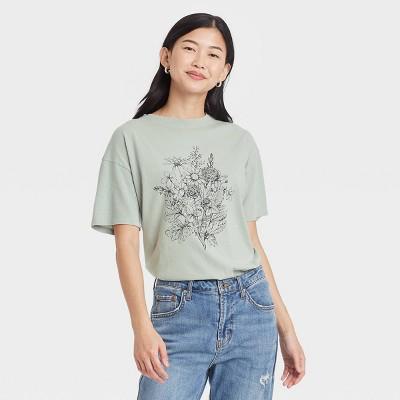 Women's Floral Print Short Sleeve Graphic T- Shirt - Sage Green