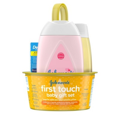 Johnson's First Touch Baby Gift Set
