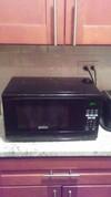 Sunbeam 0 7 Cu Ft Digital Microwave Oven Black Target
