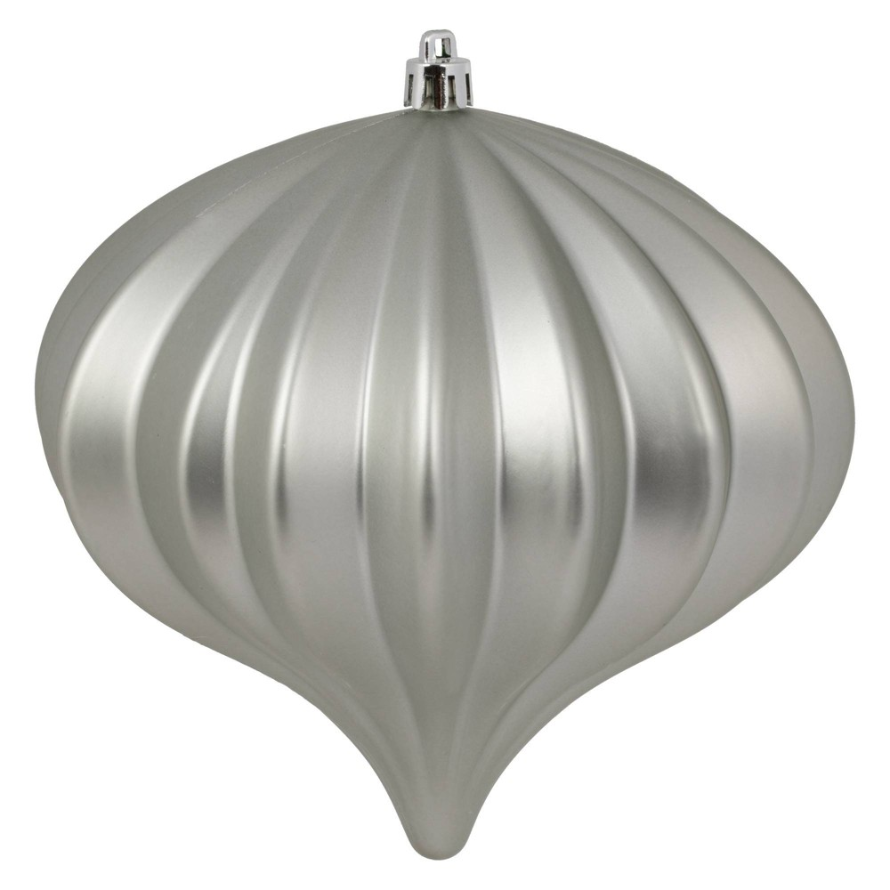 "Image of ""3ct Vickerman 5.7"""" Matte Onion Ornament, UV Coated Ornament Set Limestone"""