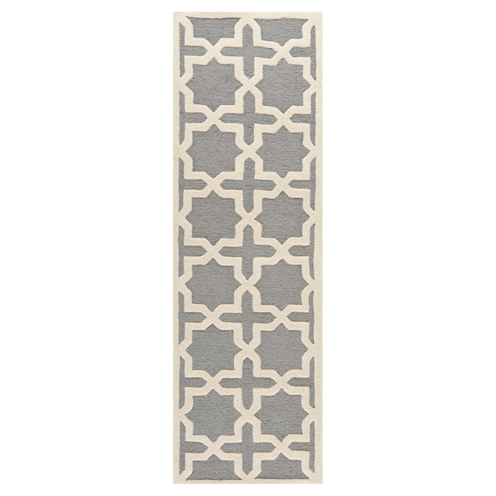 Marnie Runner - Silver / Ivory ( 2' 6 X 8' ) - Safavieh, Silver/Ivory