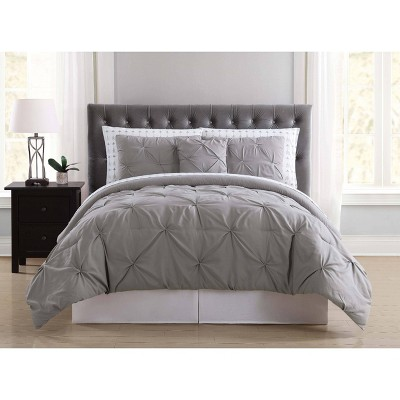 Truly Soft Queen Arrow Pleated Bed in a Bag Set Gray