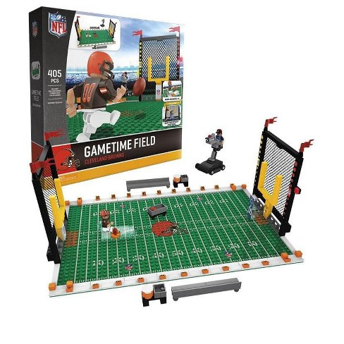 Cleveland Browns NFL OYO Figure and Field Team Game Time Set - image 1 of 3