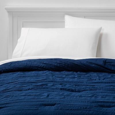 Full/Queen Crinkle Texture Comforter Navy - Room Essentials™