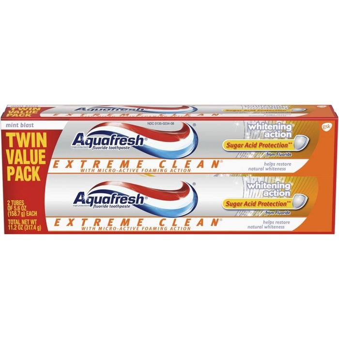 Aquafresh Extreme Clean Whitening Action Toothpaste - 2ct/5.6oz - image 1 of 2