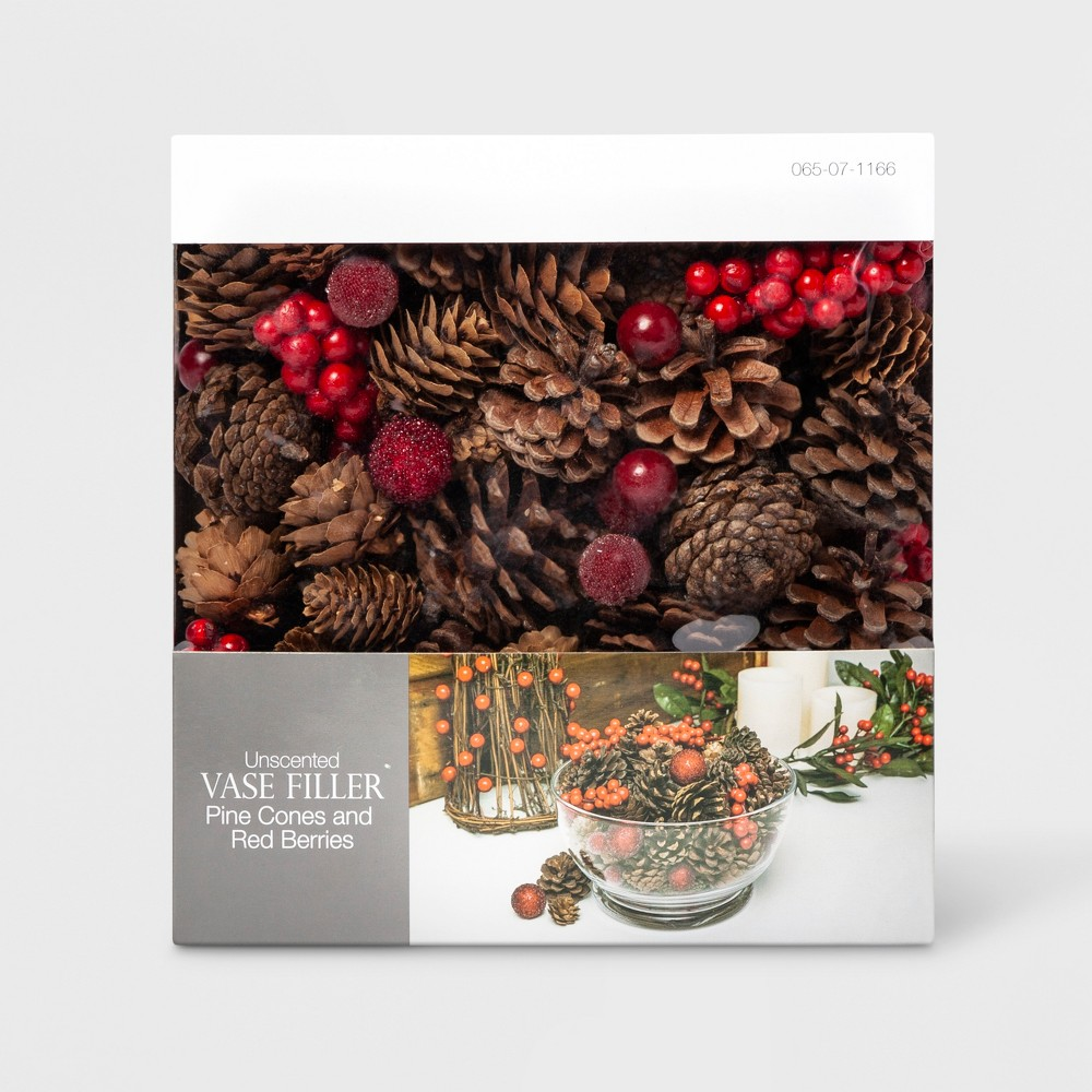 Vase Filler Pine Cone and Red Berries - Lloyd & Hannah