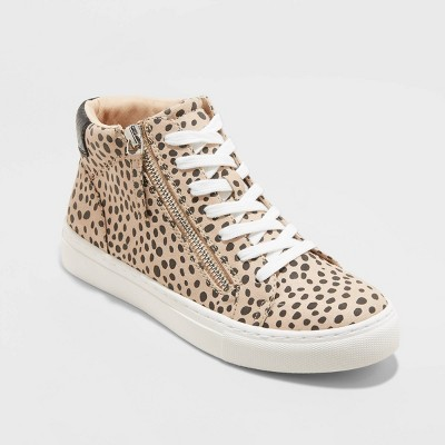 Women's Brooklin High Top Sneakers - Universal Thread™