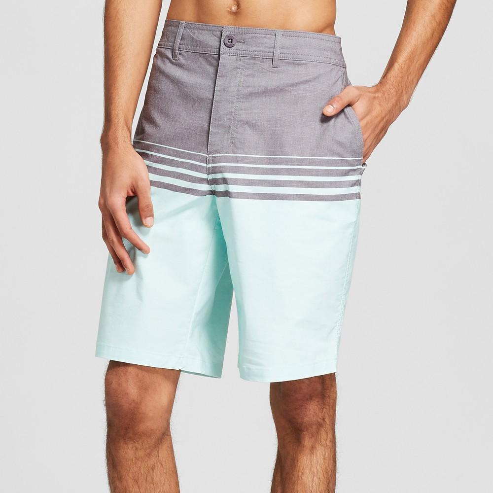 Men's 10.5 Burnt Hybrid Swim Shorts - Trinity Mint 33, Green