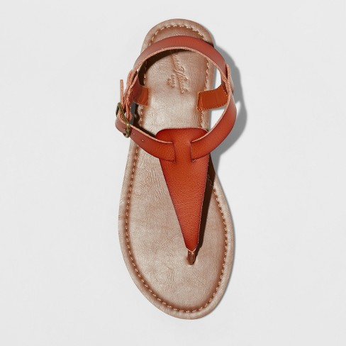 be7baee6d17ed6 Play Lady Toe Thong Sandal - Universal Thread™ - video 1 of 2. + 3 more