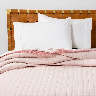 Twin/Twin Extra Long Pink Dot Texture Quilt - Opalhouse™