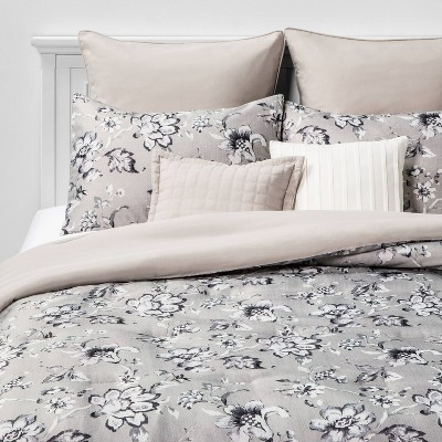 Queen Leah Floral 8pc Bed Set Neutral