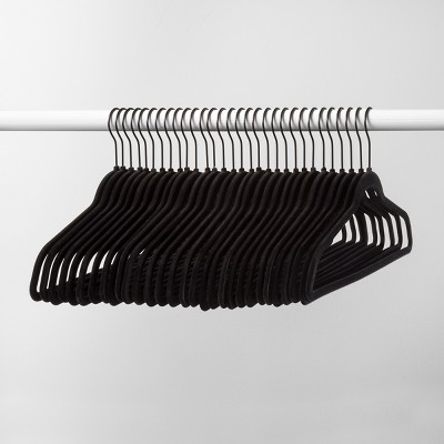 30pk Non Slip Velvet Hanger Black - Made By Design™