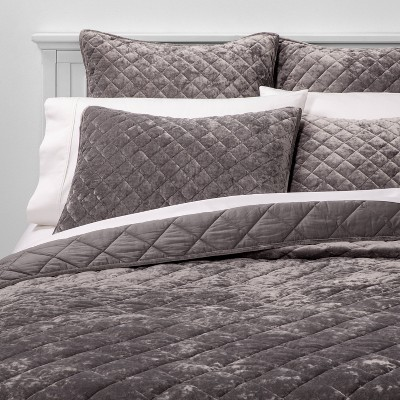 diamond-stitch-velvet-quilt---threshold by shop-collections