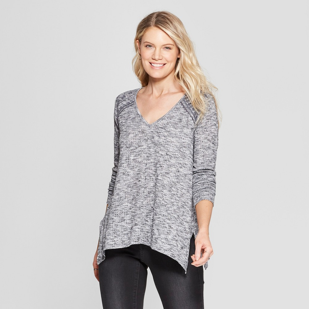 Women's Long Sleeve Sharkbite V-Neck Top - Knox Rose Gray Xxl