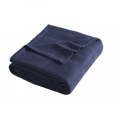 Kenneth Cole New York Essentials Blanket