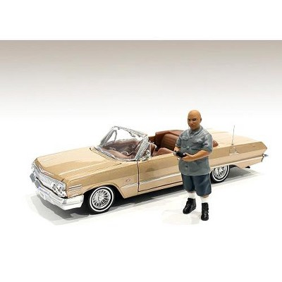 """""""Lowriderz"""" Figurine I for 1/24 Scale Models by American Diorama"""