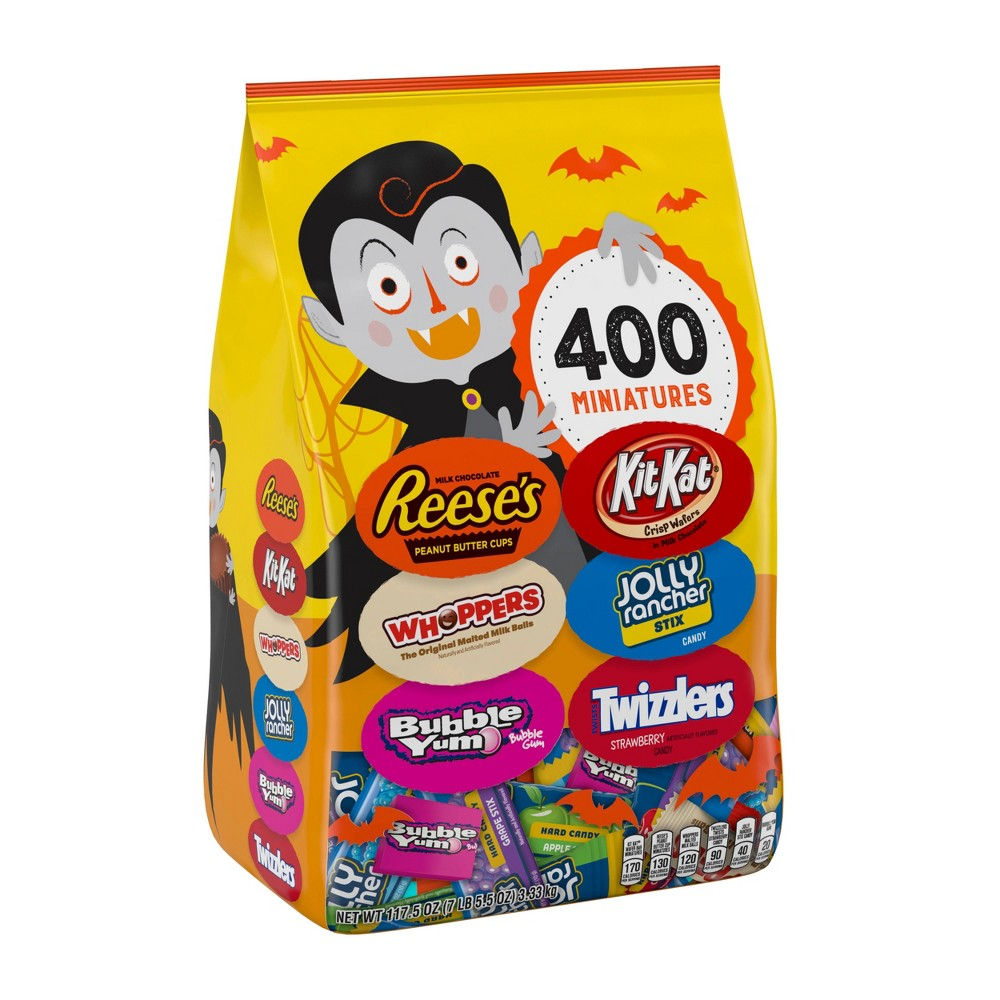 Reese's Whoppers Bubble Yum Kit Kat Jolly Rancher and Twizzlers Halloween Variety Bag - 117.5oz / 400ct