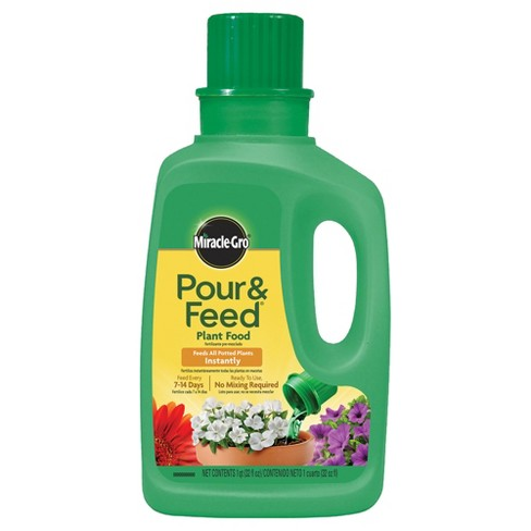 Miracle-Gro Pour & Feed Liquid Plant Food 32oz Ready to Use