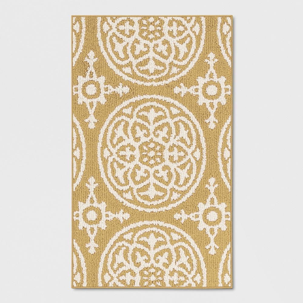 Medallion Washable Tufted And Hooked Accent Rug Yellow