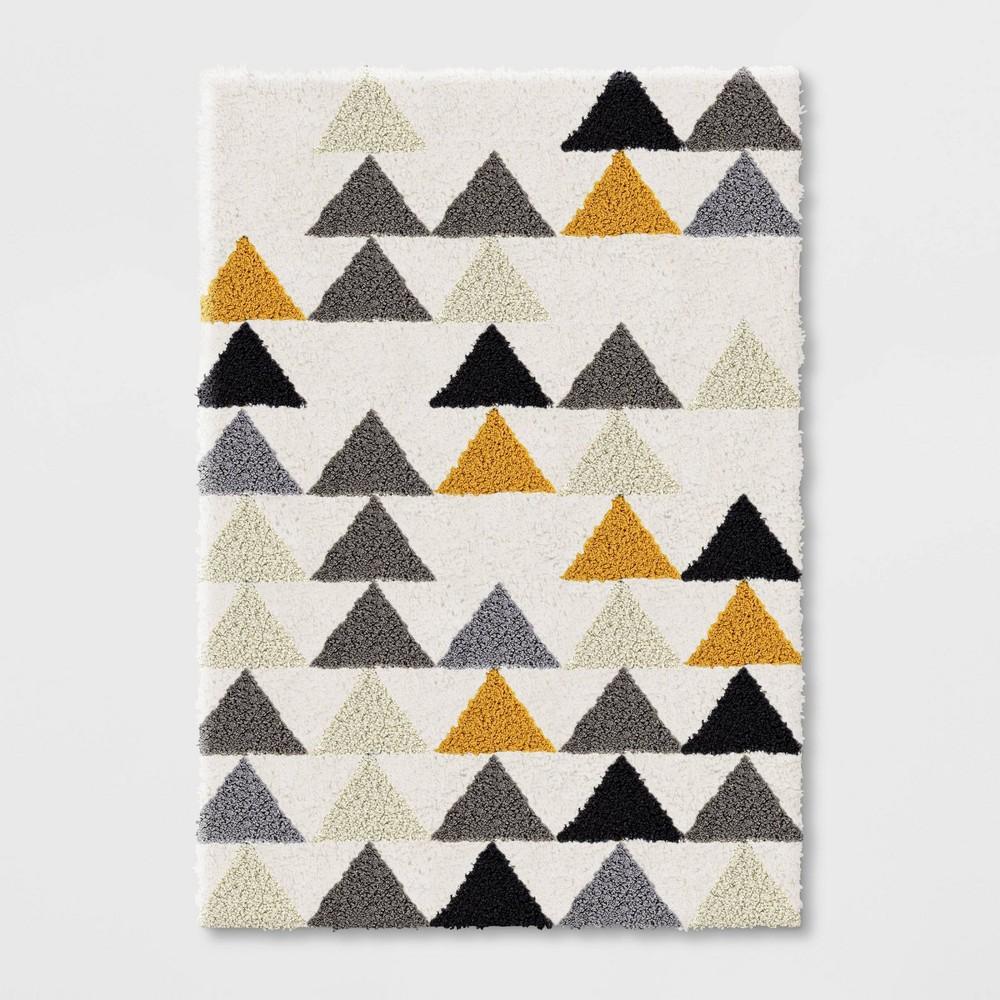 5 39 X7 39 Triangles Shag Rug Black Cream Pillowfort 8482