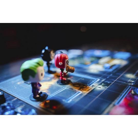 POP! Funkoverse Board Game: DC Comics #100 Base Set image number null