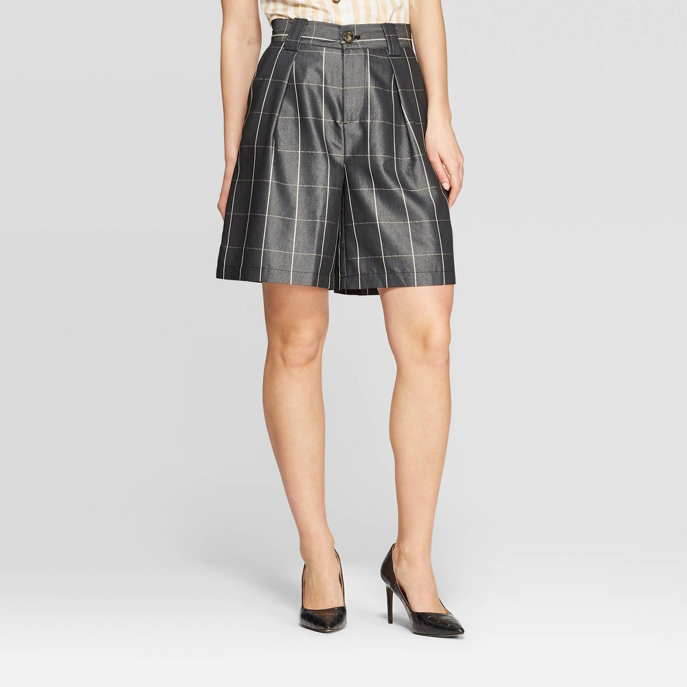 Women's Minimalist Plaid Bermuda Pull-On Shorts - Who What Wear Black 10