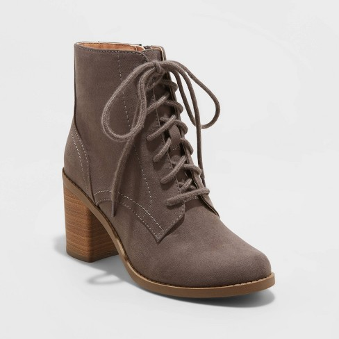 Women's Cailey Heeled Lace up Fashion Bootie - Universal Thread™ - image 1 of 3