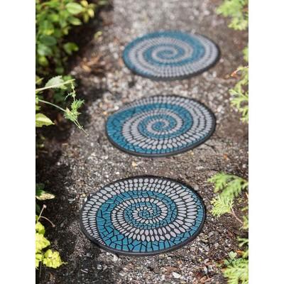 Swirl Stepping Stone - Gardener's Supply Company