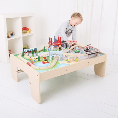 Big Jigs City Train Set and Table