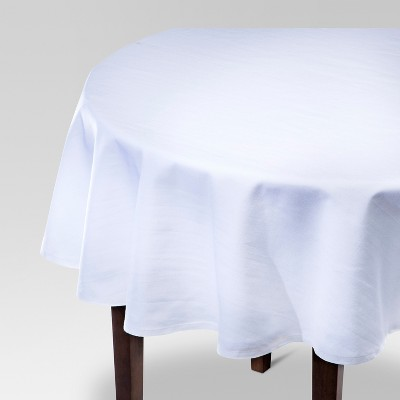 70 R Solid Tablecloth White - Threshold™