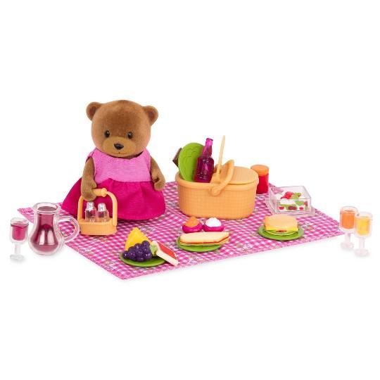 Li'l Woodzeez Miniature Playset with Animal Figurine 29pc - Picnic Set image number null