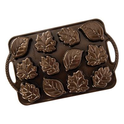 Nordic Ware Leaf-Lettes Cakelet Pan