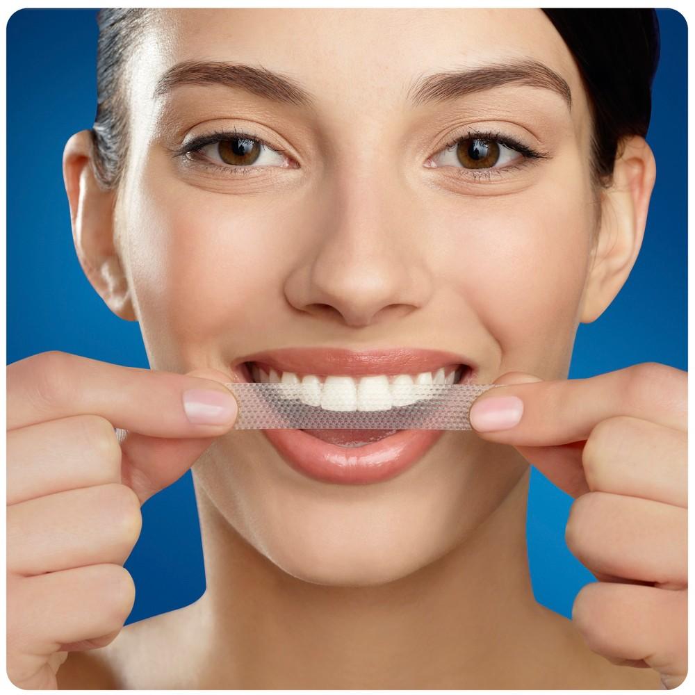 Upc 889714000557 Crest 3d White Whitestrips Classic Vivid Teeth