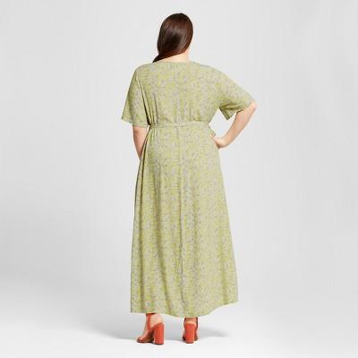 Plus Size Flutter Sleeve Dress