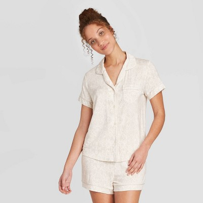 Women's Snakeskin Print Beautifully Soft Short Sleeve Notch Collar and Short Pajama Set - Stars Above™ Cream XL