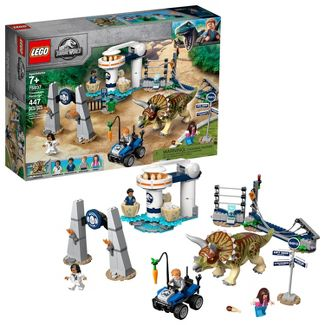 LEGO Jurassic World Triceratops Rampage 75937 Theme Park Building Set with Toy Dinosaur Figure 447pc