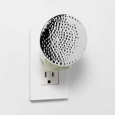 Warming Oil Plug-In Silver Hammered Round Shade - Opalhouse™
