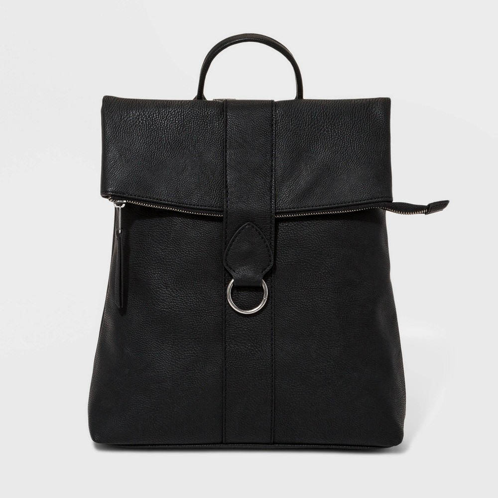 Flap Backpack With Ring - Universal Thread Black